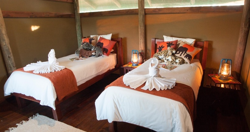 Twin tent at Moremi Crossing